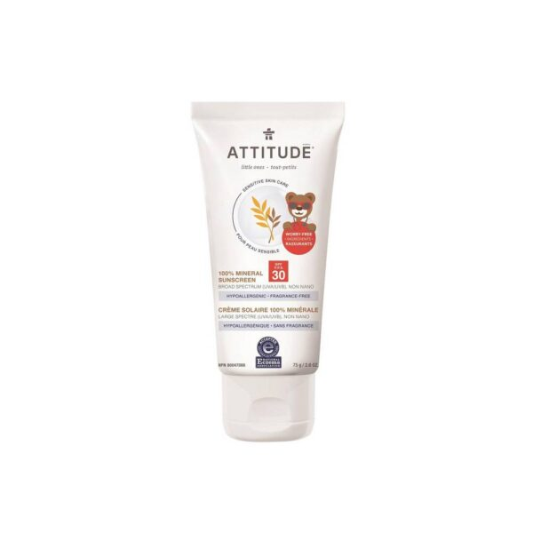 Mineral sunscreen SPF 30 protects against UVA and UVB radiation.