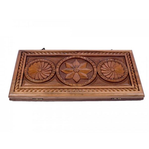 Made of walnut wood, varnished, the price includes checkers and a bag. 5 year warranty.