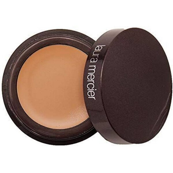 A unique, original and exclusive beauty product from Laura Mercier