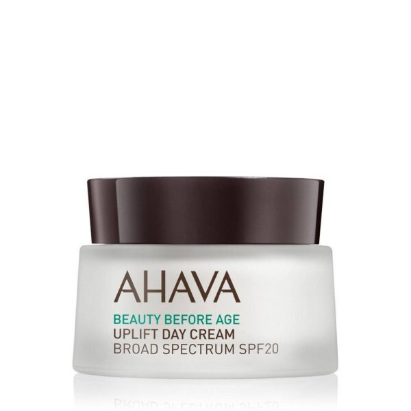 A light, yet rich and moisturizing formula that smoothes, tightens and sharpens the sloping contours of the face.