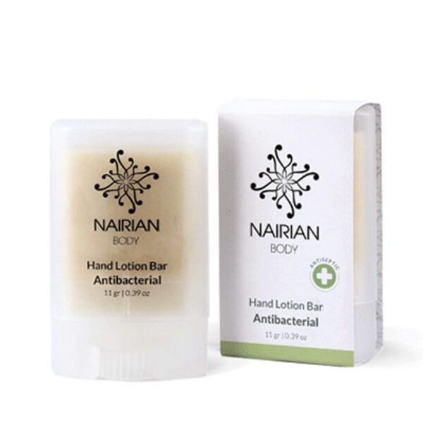Anti-inflammatory and bactericidal essential oils and herbal blends provide additional protection against bacteria and heal inflamed skin.